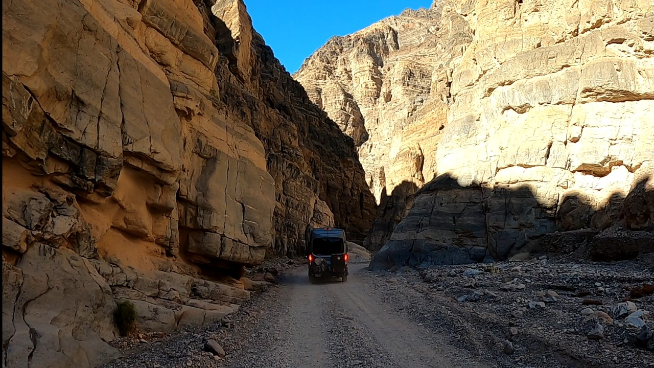 Dirt Tracks – Titus Canyon in Death Valley National Park